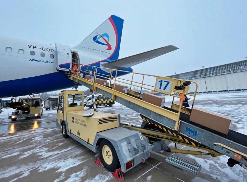 14 Tonnen Corona-Schnelltests in Nürnberg gelandet